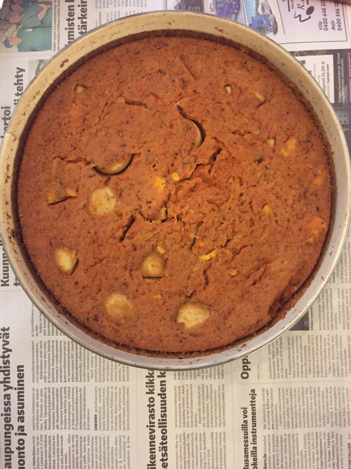 Baked beans cake with boiled eggs